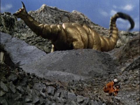 黄金怪獣 ゴルドン