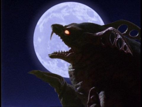 夜になって狂暴化し、活動を始めるキングモーラット