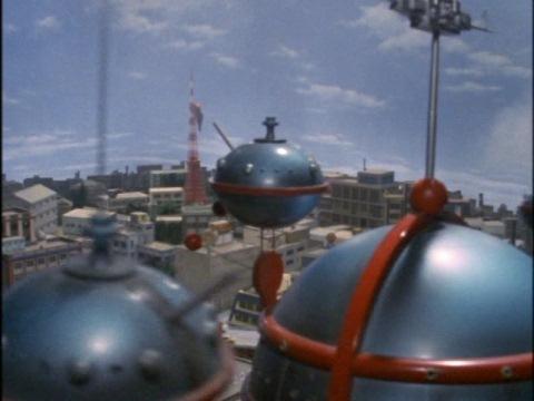 東京タワーで鳴いていたキングゼミラ