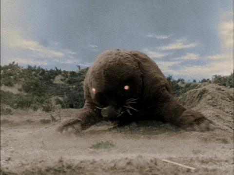 モグラ怪獣 モングラー