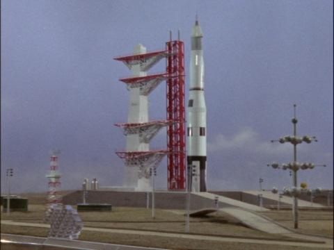 毛利博士の開発したロケット・オオトリ号