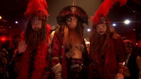 炎の海賊3兄弟