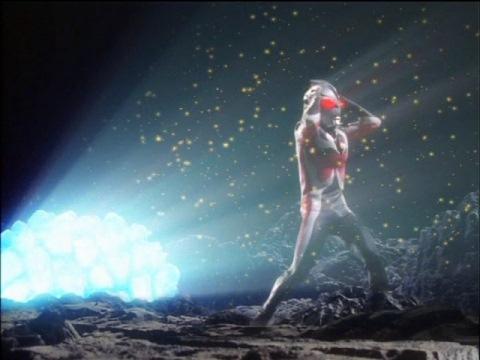 ソアッグ鉱石の光に苦しむカオスウルトラマンカラミティ