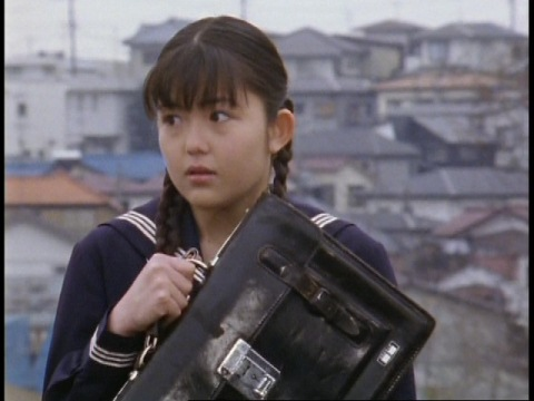 テヅカ・ユリ(演:神谷涼)
