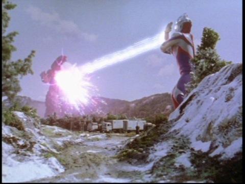ゼペリオン光線でゴルザ(強化)を撃破!