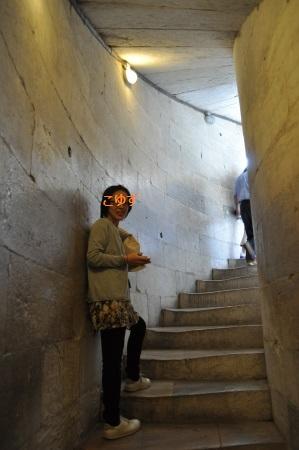 ピサの斜塔階段