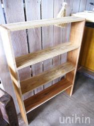 残った端材で棚を作ってみた♪