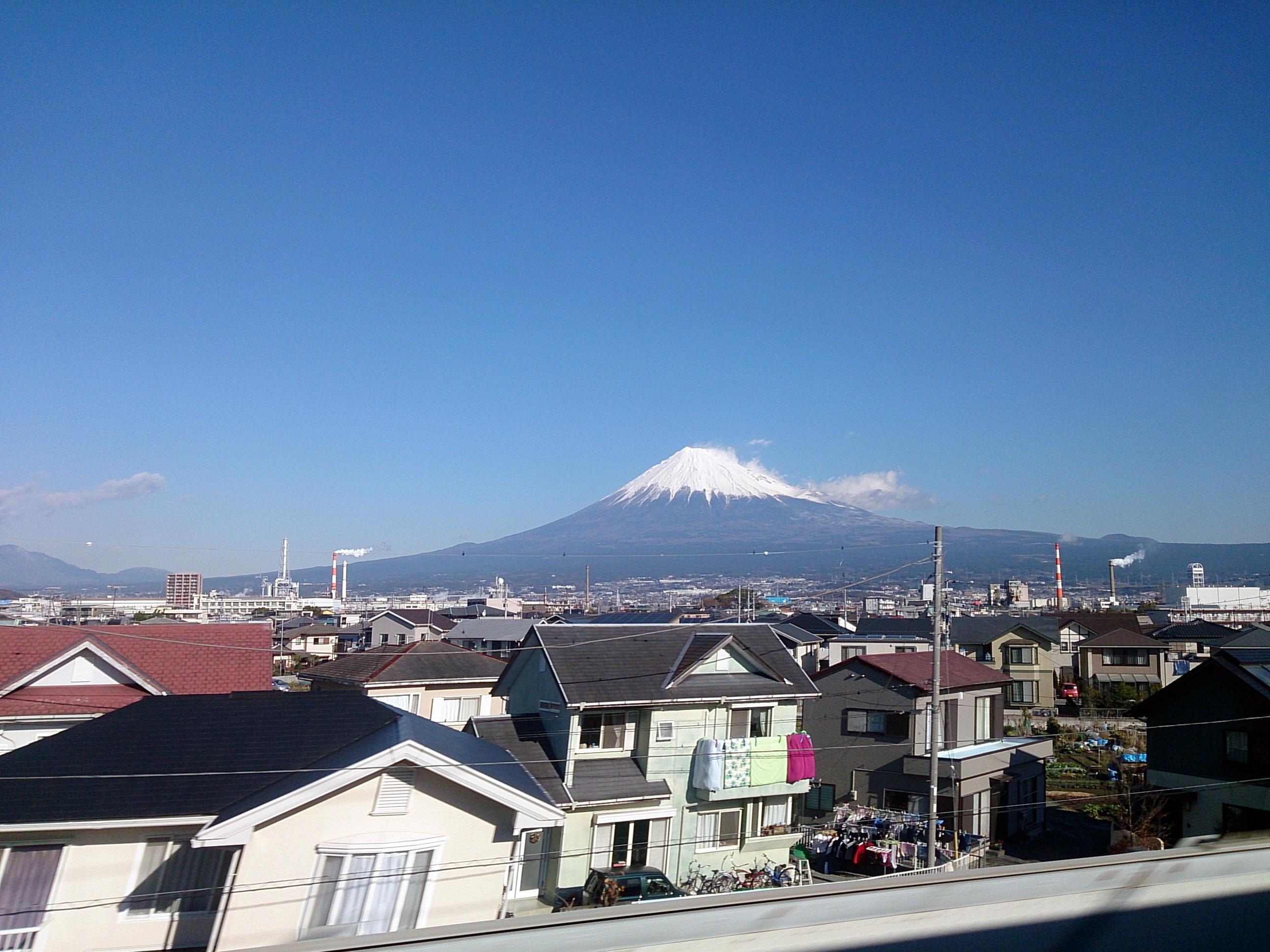 MtFuji_BoundForTokyo_20141213.jpg