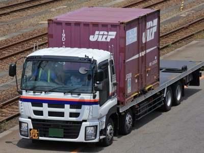 日本通運のギガ(3型)