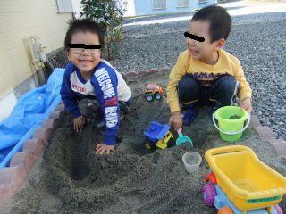 砂場遊び1_320