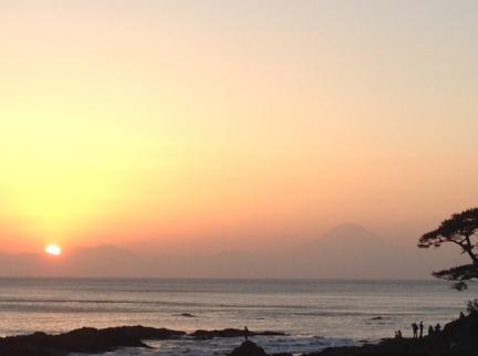 S20140926立石日没と富士山
