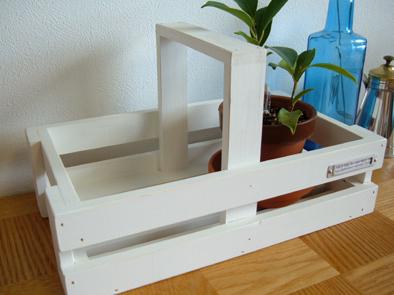 白いバスケット 植木鉢