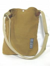 2010.10.27一澤信三郎帆布斜めがけバッグ