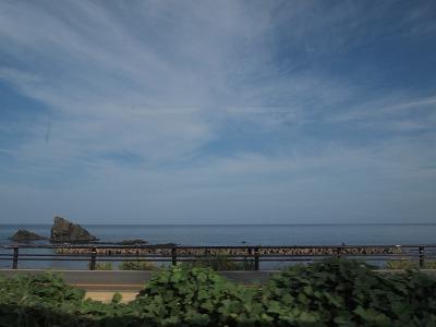 日本海沿いを走る