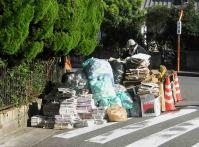 資源ゴミ回収