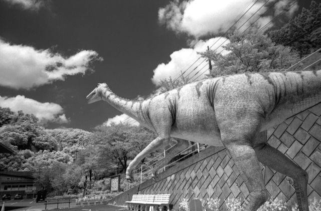 夏休みは恐竜01b