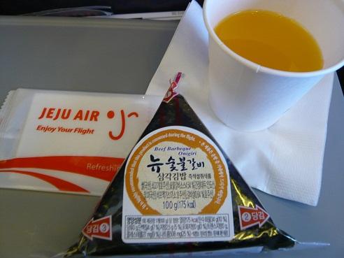 *チェジュ空港機内食*