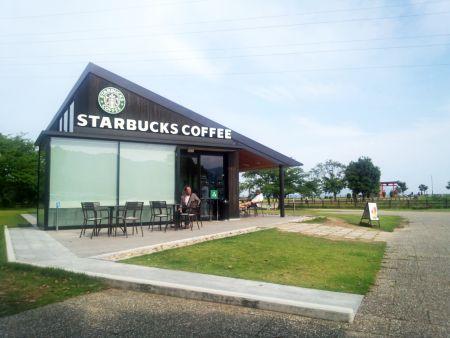 20120617Starbucks-miyajimaSA