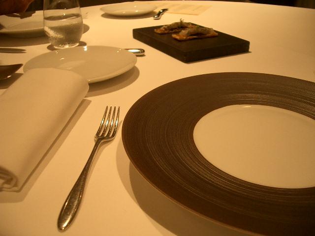 レストラン Hajime