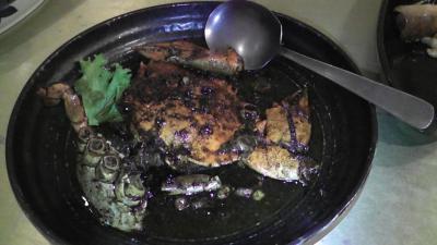 高雄 海鮮蟹の黒胡椒炒め