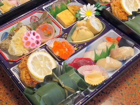004ホッキ笹寿司入り5,000円弁当