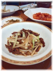 黄ニラと牛肉の細切り炒め