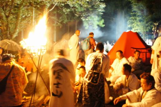 すすき祭り 御鞍石祭
