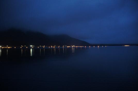 西湖竜宮祭 会場 夜