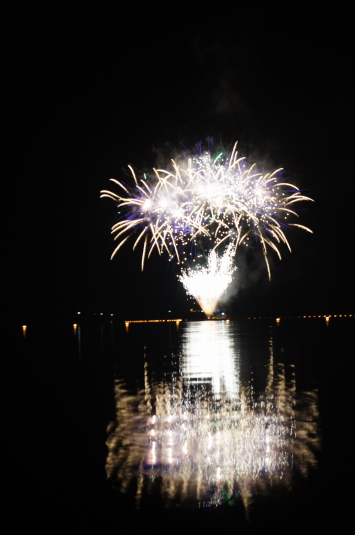 西湖竜宮祭 花火 きのこ