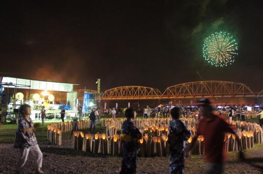 南部の火祭り 花火