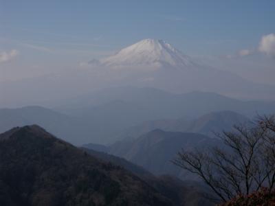 鍋割山からの富士山101212