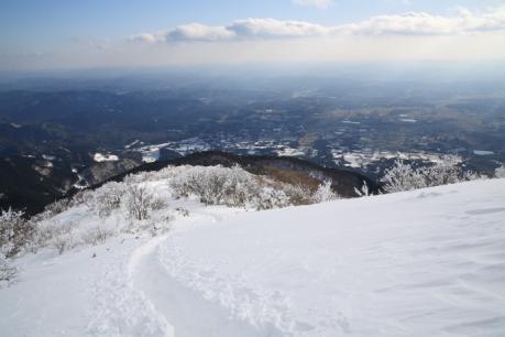 山頂直下からの展望