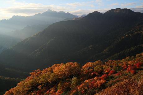 湯俣川源流の紅葉1