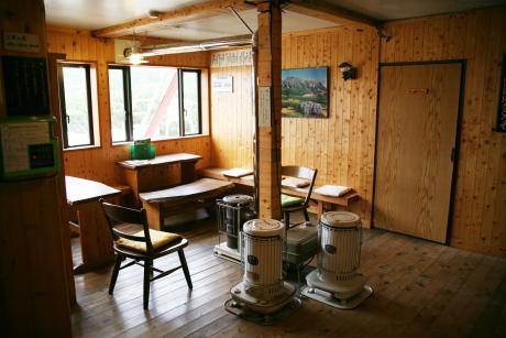 三俣山荘談話室