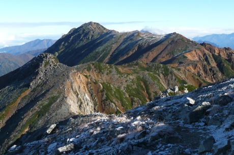 鷲羽岳山頂から北を望む