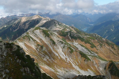 水晶岳北側の光景