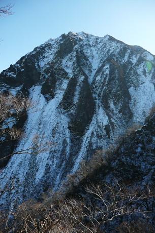 三鈷峰の岩壁