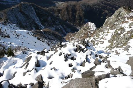 三鈷峰手前の崩壊地