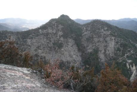 竜王山と小竜王