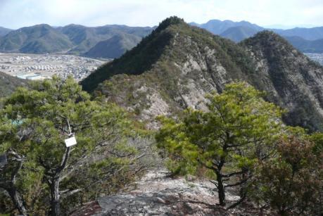 涸沢峰から竜王山