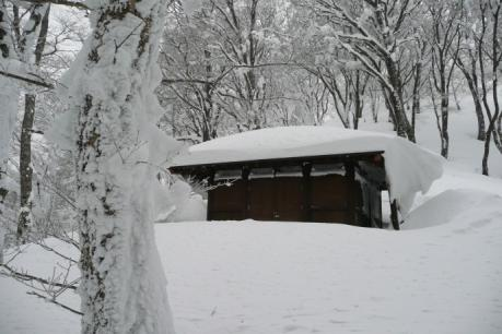 9合目避難小屋
