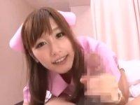 めちゃくちゃ可愛いピンクナースさんが手コキフェラで3連射!: 絵色千佳