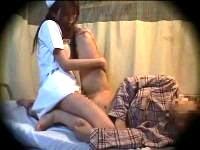 【痴女】 患者のチ○ポを変態体位で嫐りたおす看護師