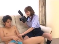 【痴女・羞恥】 脱がせたがりな女流カメラマン:麻美ゆま