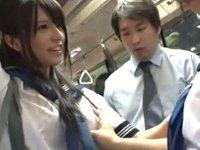桁違いに可愛いJKに通勤バスで逆レイプされた… 上原亜衣