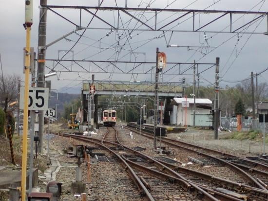 関西唯一のスイッチバック駅 和歌山線北宇智駅 スイッチバック廃止の1ヶ月前(2007-2-18) 014s-