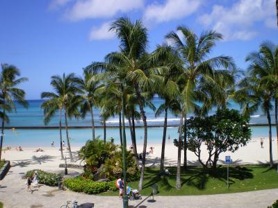 ハワイ2012.7マリオットプールからワイキキ
