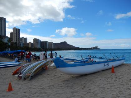 ハワイ2013.7朝のワイキキビーチからのダイヤモンドヘッド
