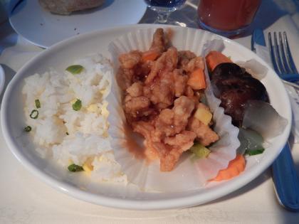 ハワイ2013.7チャイナエアライン機内食1食目メイン