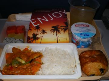 デルタ航空622便成田行機内食